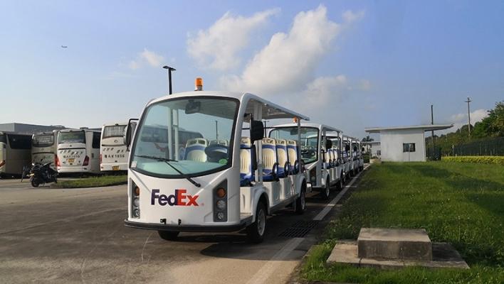 美国联邦快递亚太转运中心采用安步优品新款14座电瓶摆渡车图片
